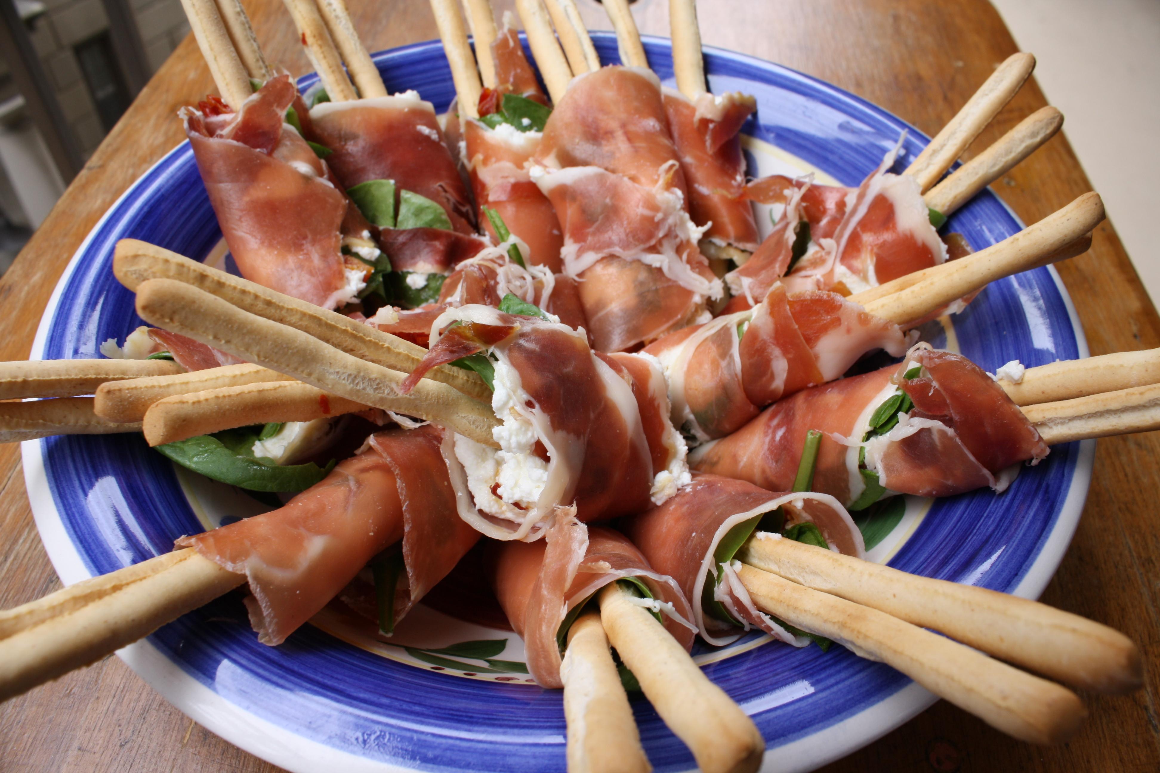 Prosciutto Bread Sticks with Sun-Dried Tomatoes and Spinach {Gluten ...