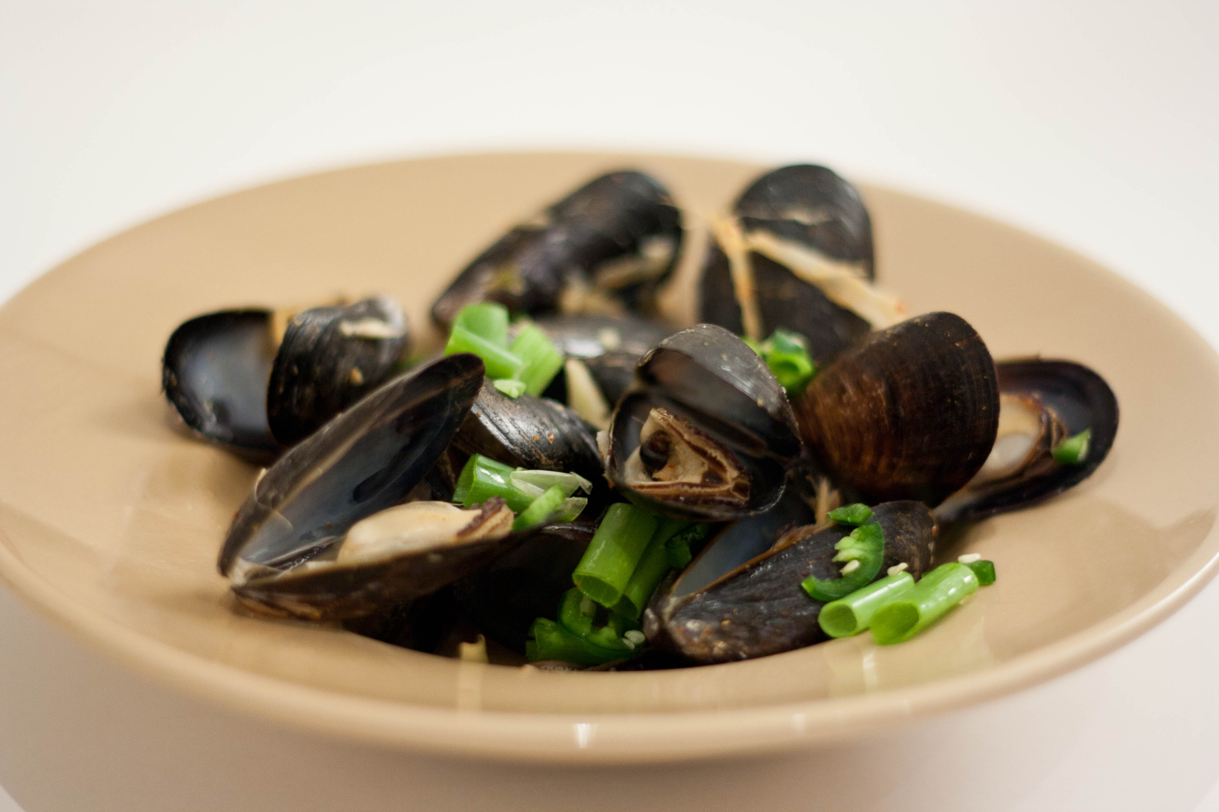 Asian Mussel Recipes - Steamed Mussels in Asian Broth with ...
