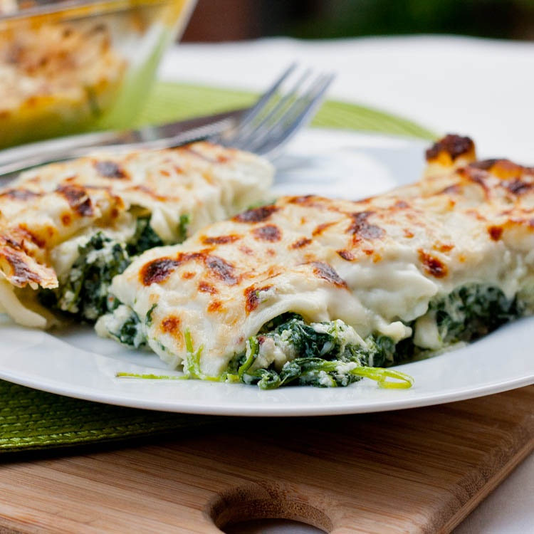 Daring Cooks June 2012 – Cannelloni with Spinach Ricotta Filling